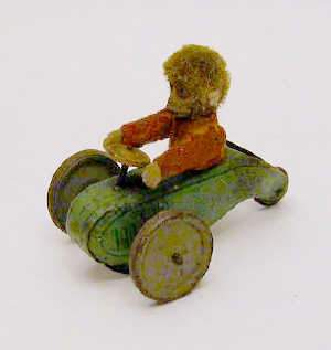 SCHUCO TINPLATE TRICYCLE, c1930s