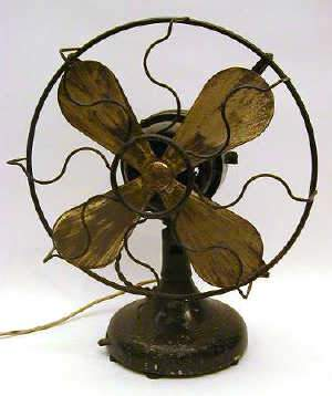 EARLY ELECTRIC DESK FAN, c1920