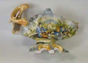 Late C19th Italian maiolica vase