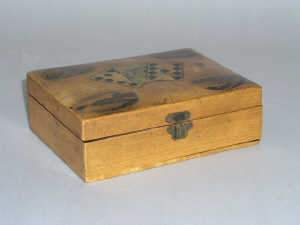 Mauchlineware sycamore playing card box