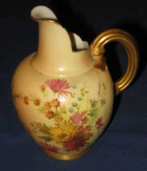 Late C19th/early 20th Royal Worcester jug, c1903