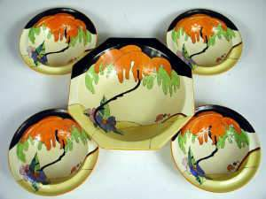 Five piece Clarice Cliff 'Woodland' pattern fruitbowl set