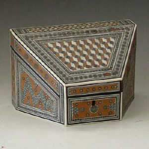 Anglo Indian sandalwood stationery box
