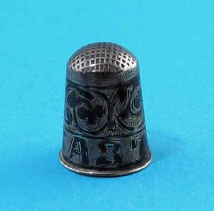 Early C20th Russian niello-work thimble, 1908-1917