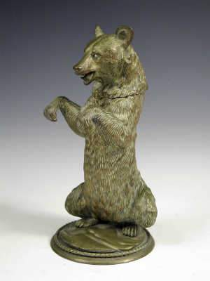 Victorian bronze inkwell in the form of a bear