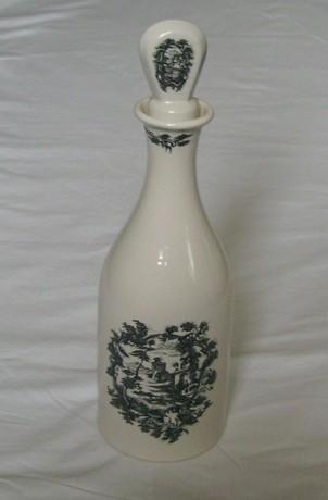 Coalport Stoneware Lidded Olde English Liquor Decanter
