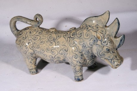A Chinese Tang dynasty porcelain three horn Rhino