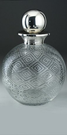 DIAMOND AIR TRAP SPHERICAL GLASS SCENT PERFUME BOTTLE, SILVER TOP