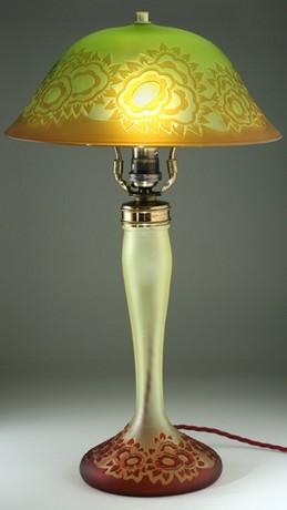 RARE VAL ST. LAMBERT CUT CAMEO GLASS DECO TABLE LAMP, FULLY FUNCTIONAL