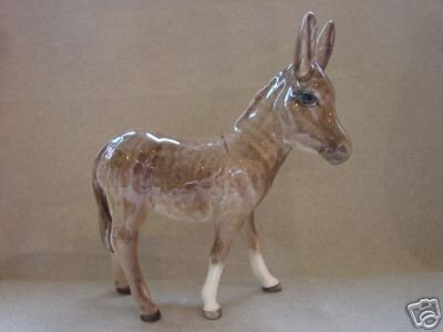 BESWICK DONKEY FOAL Model No.2110 Gloss