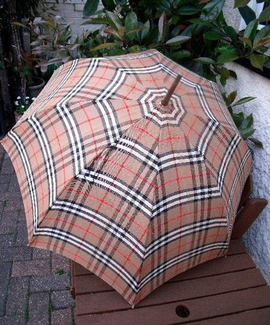 Vintage Burberrys Check Paragon Fox Frames Umbrella
