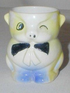 Novelty Pig Egg Cup