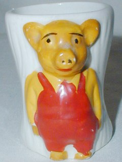 Novelty Pinky & Perky Egg Cup