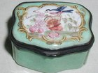 Bilston Enamel Patch Box