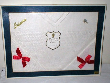 Vintage Irish Linen Damask Table Cloth + Four Napkins (Boxed)